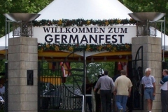 The entrance to Germanfest 2006