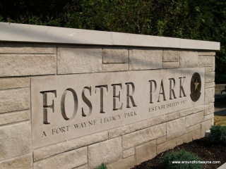 2012/06/28: New Foster Park entrance sign