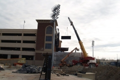 2009/02/17: Lifting the video board